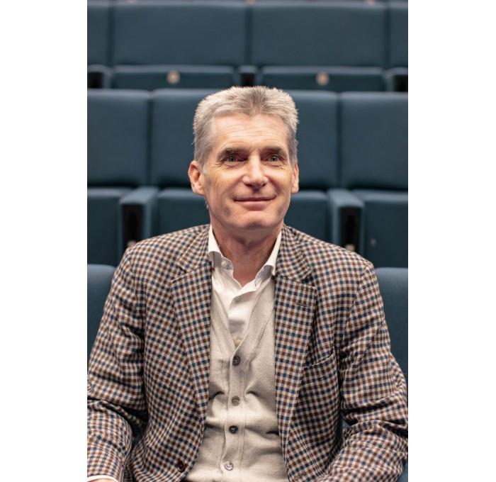 Interview de Thierry Joudet sur le développement de la prothèse ISA stemless